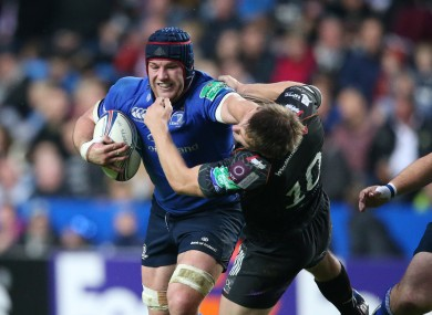 Sean O'Brien fends off Osprey's Dan Biggar.